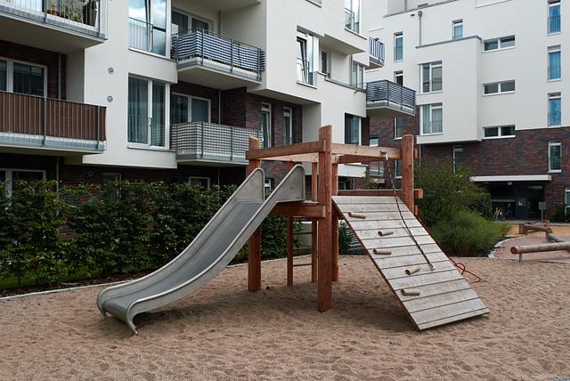 spielplatz-1190530-co-26-08-14