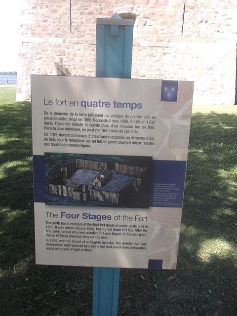 Le fort en quatre temps....../ The four stages of the fort.....