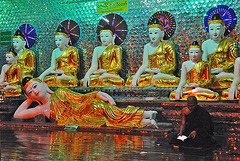 Buddha statues at     Saw La Paw's Pagoda