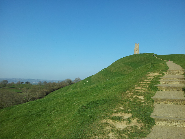 Glastonbury Tor - 120326 (mobile)