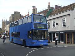 DSCF5697 Whippet Coaches (Go Whippet) LN51 AZL