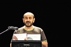 "Raul Martinez Anguita: ""Tre Moderna Fabelo"" de Ferenc Szilagyi"
