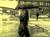 Umbrella blond Lady in high-heeled boots / Dame blonde au parapluie en bottes à talons hauts -  26 octobre 2008 / Vintage postérisé