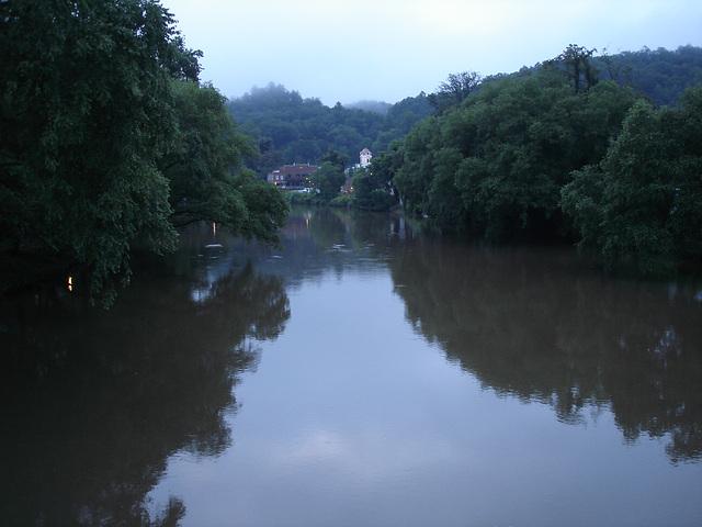 River reflection / Reflet de rivière - 13 juillet 2010.