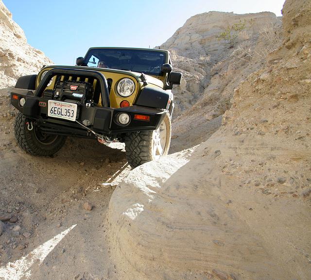 Scott's Jeep In A Narrow Slot (3824)