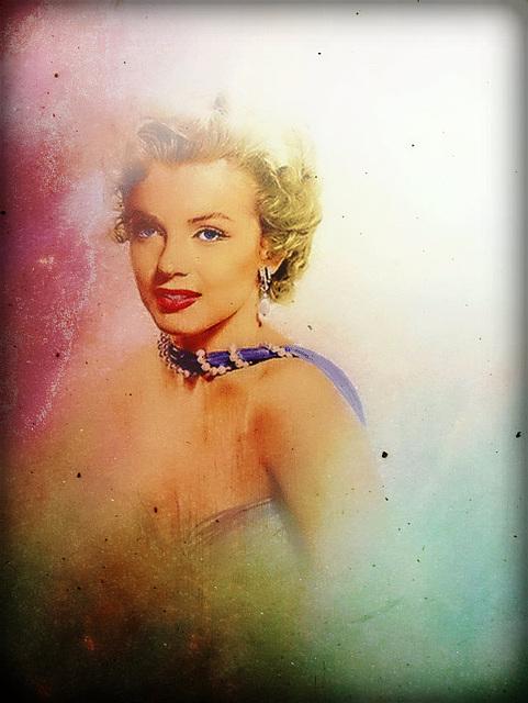 Hommage à Marylin Monroe pour l'ouverture du festival de Cannes