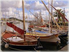 """...le port de Sanary ,avec ses """"pointus""""..."""