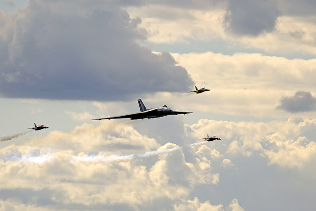 Wings and Wheels Dunsfold August 2014 X-T1 Vulcan Gnats 2