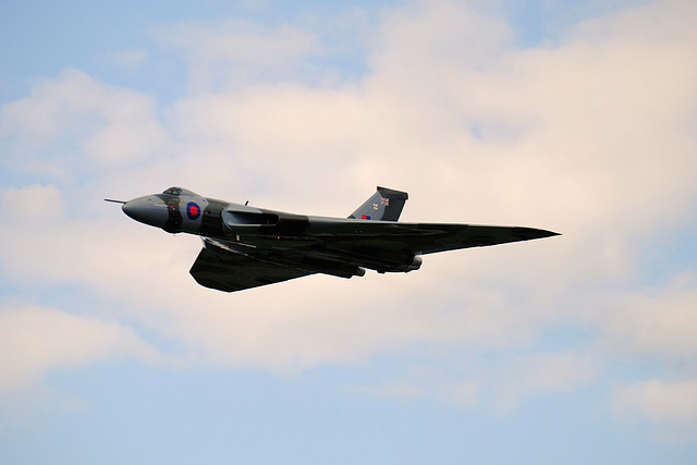 Wings and Wheels Dunsfold August 2014 X-T1 Vulcan 1