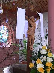 Kirche im Osterschmuck