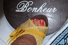 Le Bonheur de Dame Annick en talons hauts / Annick is happy in high heels - Rotation