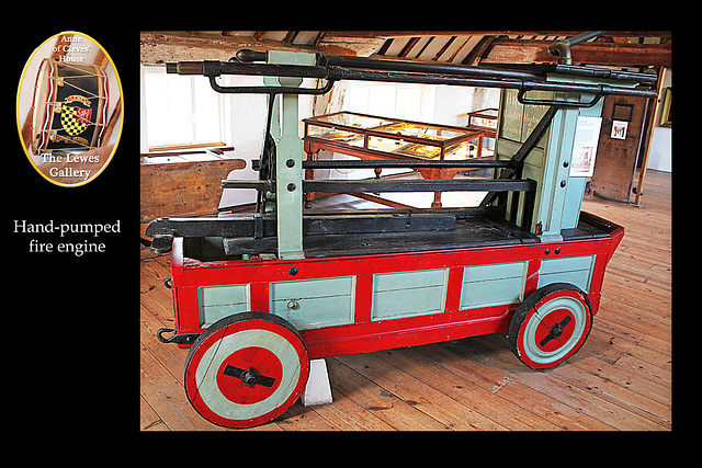 Hand pumped fire engine - Lewes Gallery - Anne of Cleves House - Lewes - 23.7. 2014