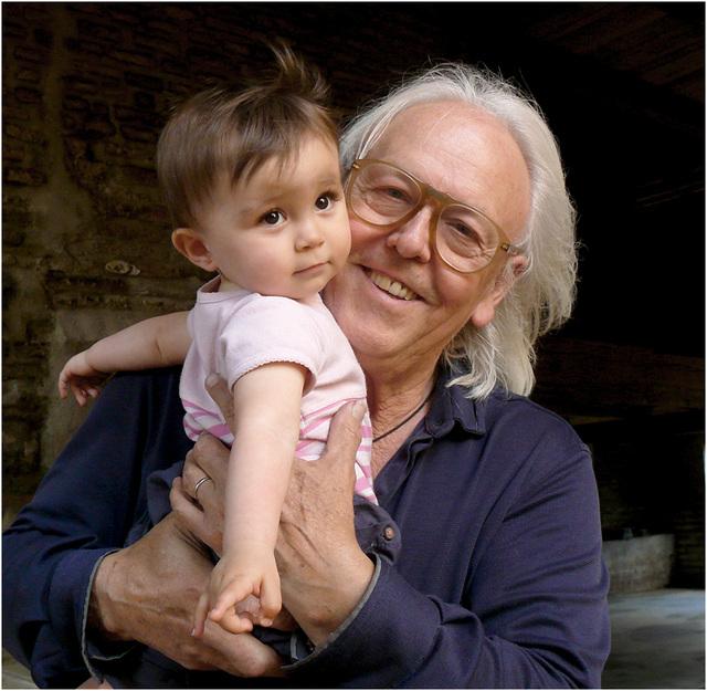 l'art d'être grand-père : Roland et Chiara
