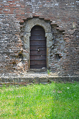 Tür in der Stadtmauer