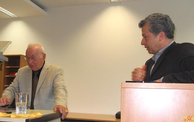 2013-05-10 08 prof-ro Krause en TU  Dresdeno
