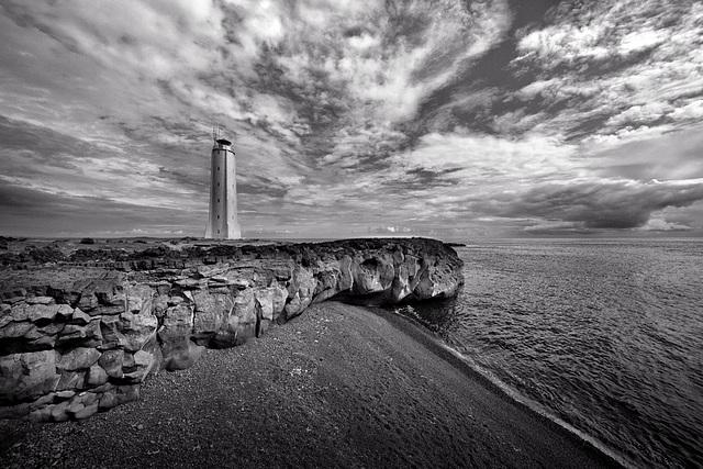 Lóndrangar_lighthouse