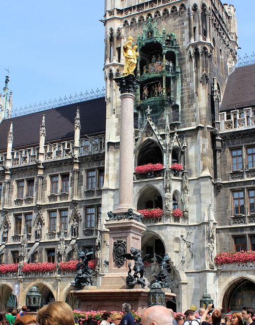 Mariensäule vor dem Rathaus