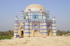 Tomb of Bibi Jawindi, Uch Sharif