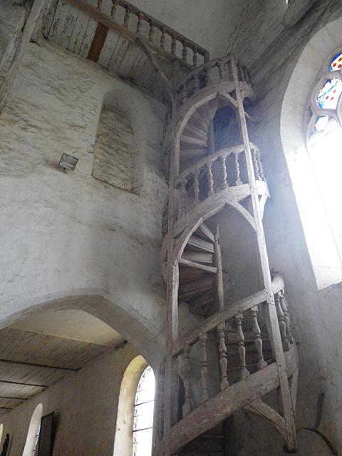 La Ferté Loupière : escalier