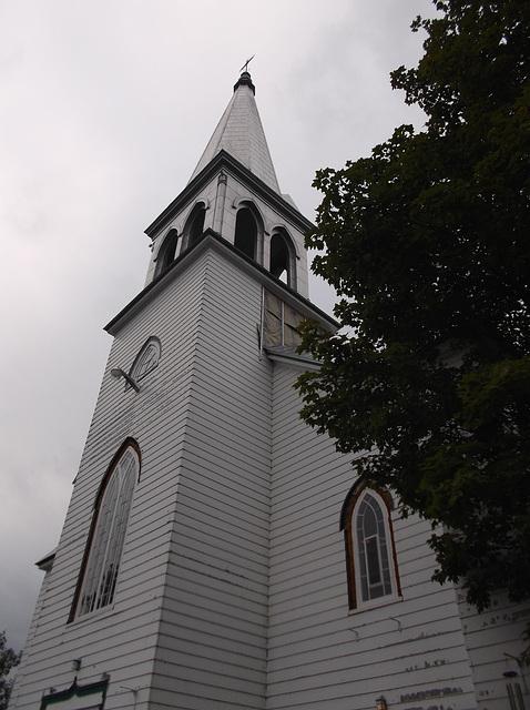 Église en bois de l'Estrie / East townships woody church
