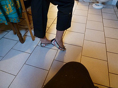 Dame Isa / Lady Isa - Invisible heel........Talon invisible........14 août 2012.