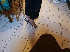 Dame Isa / Lady Isa - Invisible heels........Talons invisibles........14 août 2012