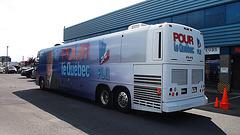Autobus du parti libéral / Political blue bus - 21 août 2012.