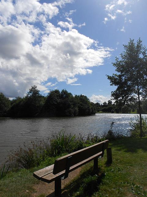 sérénité du lac normand
