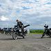 Mopeds vor die Landschaft bitte, und zwar nach Alter... - steht alles noch nicht ordentlich genug!