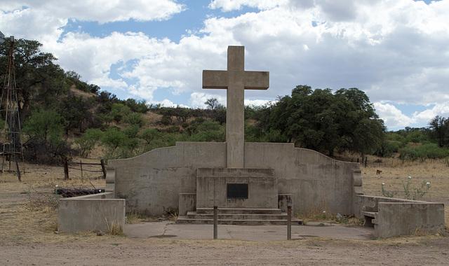 Coronado NF Rt 61 Fray Marcos De Niza monument  (2196)