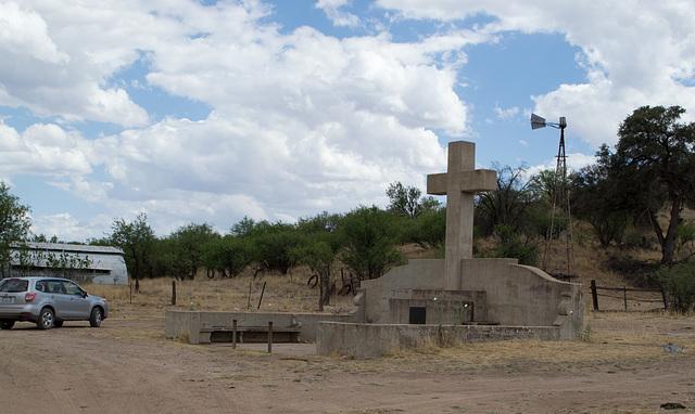 Coronado NF Rt 61 Fray Marcos De Niza monument  (2197)
