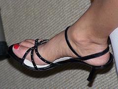 wife in amalfi heels