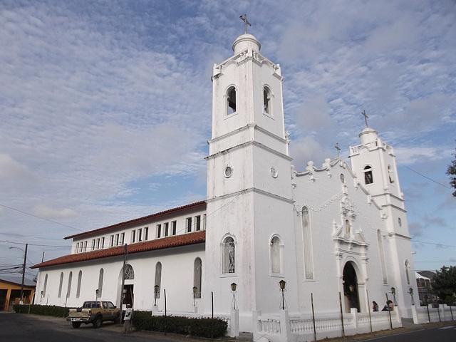 Église panaméenne / Panamanian church.
