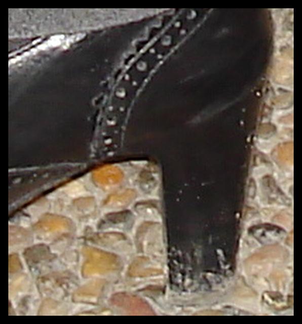 Jeune danoise bien en chair en talons hauts / Young chubby Danish Lady on heels / Close-up - Recadrage.