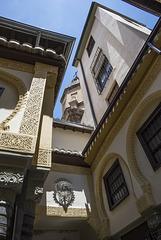 Un paseo por la Alcaicería y la calle Oficios
