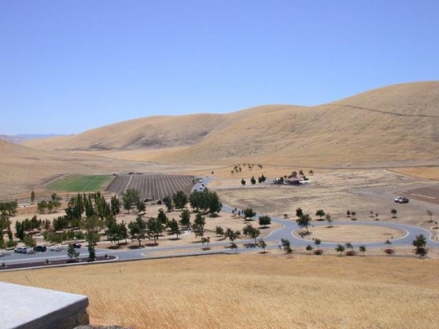 San Joaquin National Cemetery