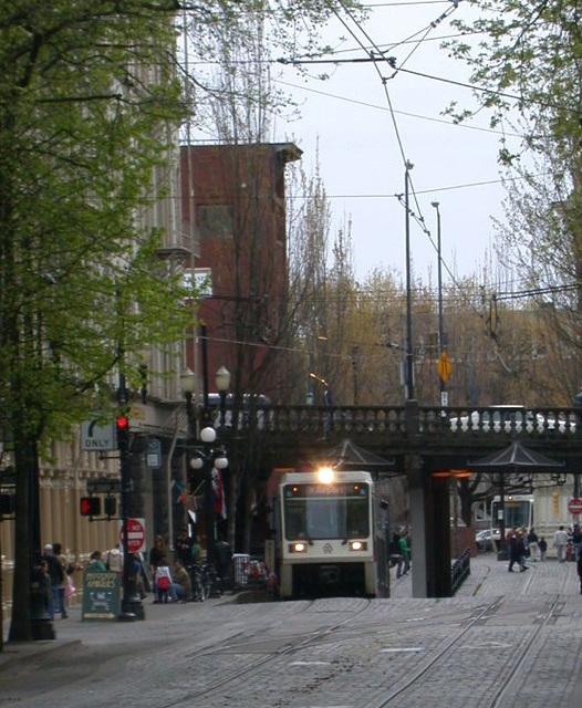 Portland light rail, Old Town