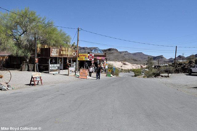 AZ town of oatman 06'14 08