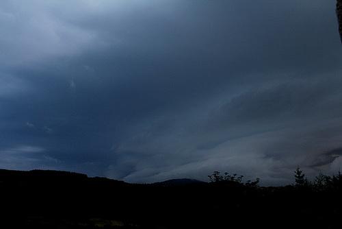 Frange de dépression- nuage à grêle