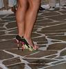 Claudine photographe /  Dreamy calves and impeccable high heels shoes / Talons hauts impeccables et mollets sexy.