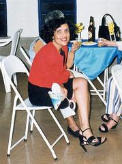 Mon amie Rita en talons hauts / My friend Rita in high heels / Recadrage