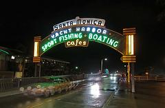 Santa Monica Pier (16-57-26)