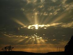 Rayons de soleil avant le coucher, lac de Madine