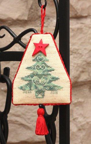 Mon Beau Sapin Ornament 7/12/08