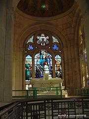 domremy eglise basilique ste  jeanne d 'arc ......vitrail  coeur 1005