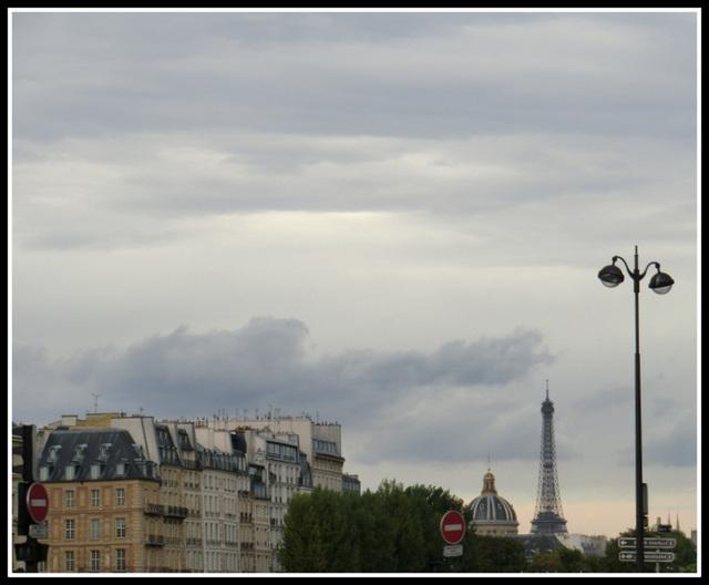 les toits et le ciel de Paris ...
