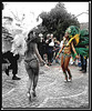 Danseuse de la rue en talons hauts / Street dancers in high heels  - Photo de mon amie PINEDE's shot.