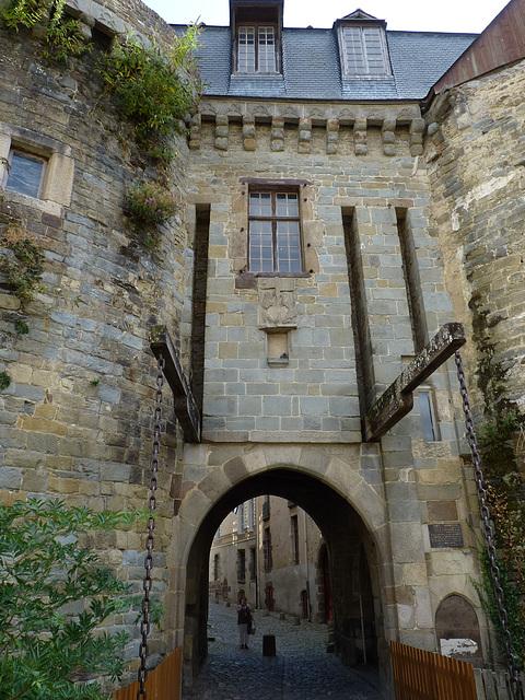 L'ancien pont-levis des Portes Mordelaises