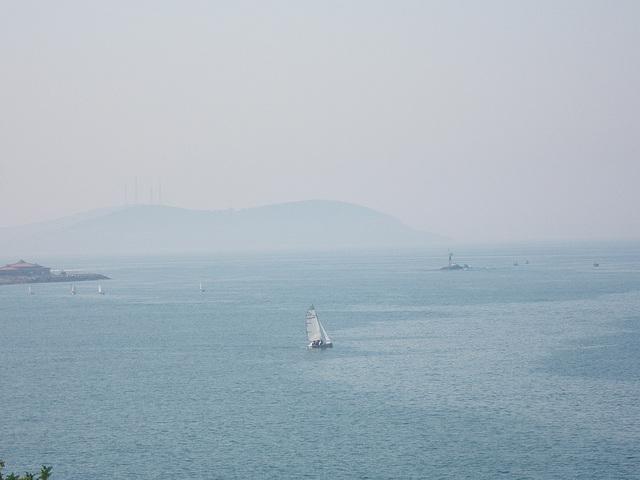 Côte anatolienne et île vue depuis Kadiköy.
