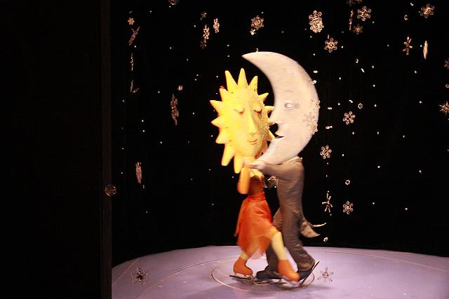 Tanzpaar - Sonne und Mond
